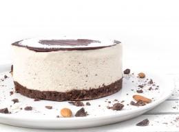 Кокосова торта с натурален шоколад - 8 / 12 парчета, Сладкарски цех Зоя,  8 бр,  12 бр